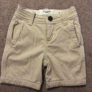 Abercrombie boys shorts size 3/4